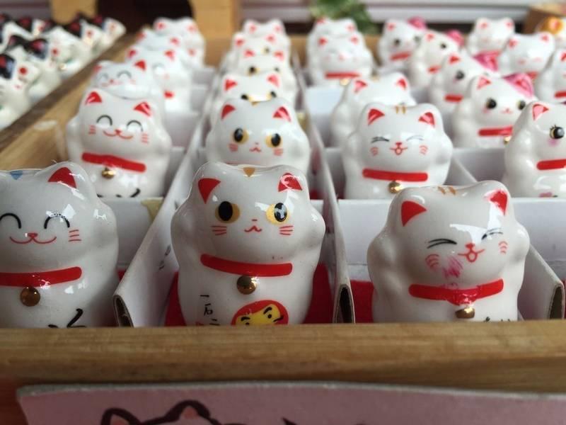 今戸神社 - 台東区/東京都 の授与品。猫グッズだらけ... by 凜蔵   Omairi(おまいり)
