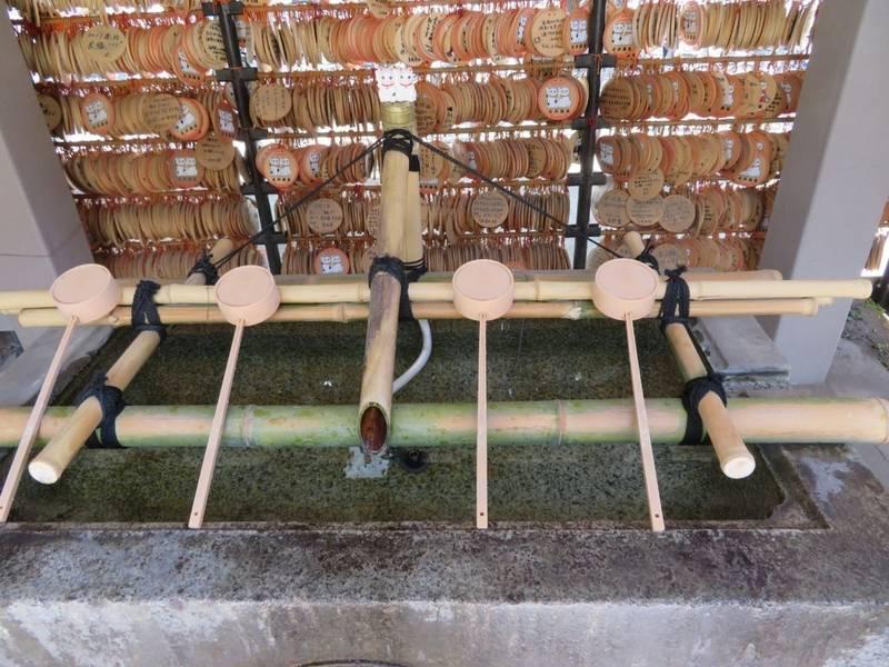今戸神社 - 台東区/東京都 の見どころ。手水舎です、... by タッツン | Omairi(おまいり)